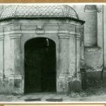 Wejście do kościoła św. Feliksa de Valois, 1961 r.