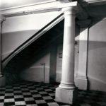 Hall pałacowy; fot. K. Kowalska, 1977 r. Arch. Mazowieckiego Wojewódzkiego Konserwatora Zabytków