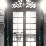 Jadalnia pałacowa, drzwi do oranżerii; fot. K. Kowalska, 1977 r. Arch. Mazowieckiego Wojewódzkiego Konserwatora Zabytków