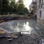 Nowe fundamenty pod taras już gotowe.