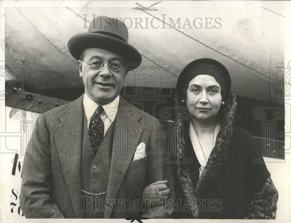 Charles S. Dewey1_1930 Press Photo Financial Adviser Charles S. Dewey & Mrs Dewey