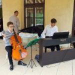 Koncert dedykowany fundatorom zakładu, ss. Felicjankom i paniom pensjonariuszkom; Michał Ziębicki - wiolonczela, Jan Mędzrycki - pianino, 15.09.2018