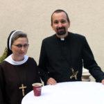 S.M. Fidelia Janas, ojciec dr Paweł Zając, przełożony prowincjalny Misjonarzy Oblatów Maryi Niepokalanej, 15.09.2018