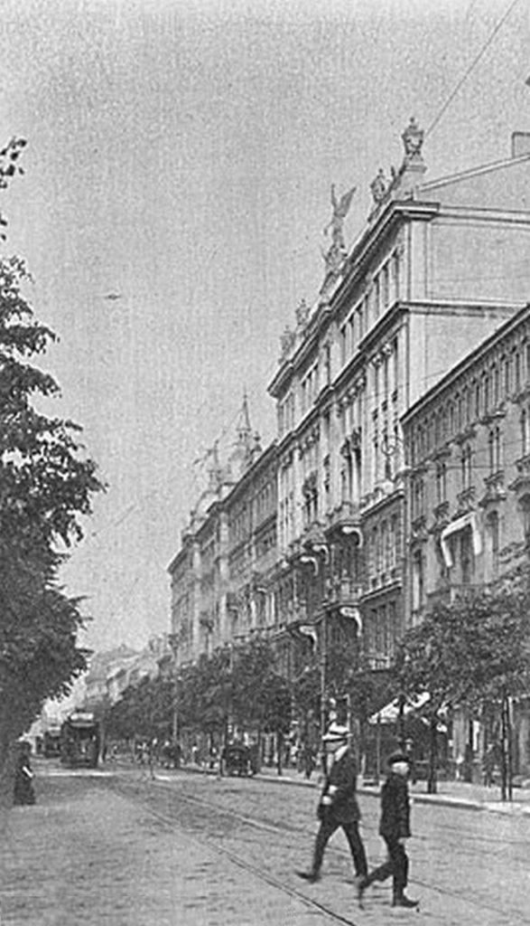 006_kamienica pod Geniuszem przed 1914_Warszawa na starej fotografii